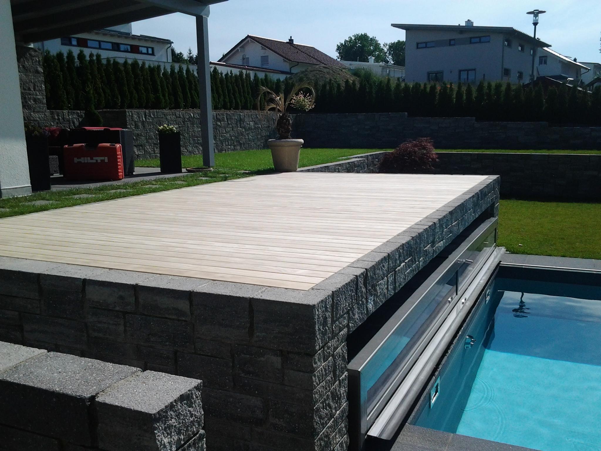 25 kreativ holz terrasse meinung haus design ideen. Black Bedroom Furniture Sets. Home Design Ideas